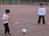 Fußball: Patenschaft D2/G1 startet erfolgreich mit gemeinsamer Trainingseinheit (13.03.2014)