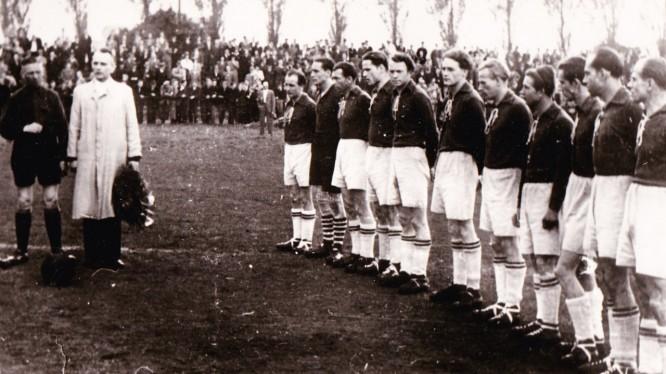 Mannschaftsfoto 1. Herren (Saison 1948/1949)