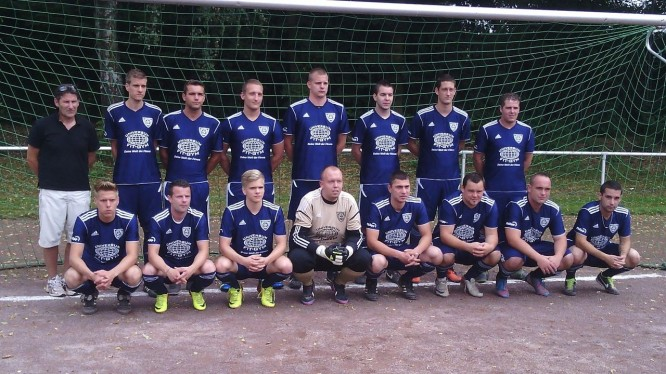 Mannschaftsfoto 2. Herren (Saison 2013/2014)