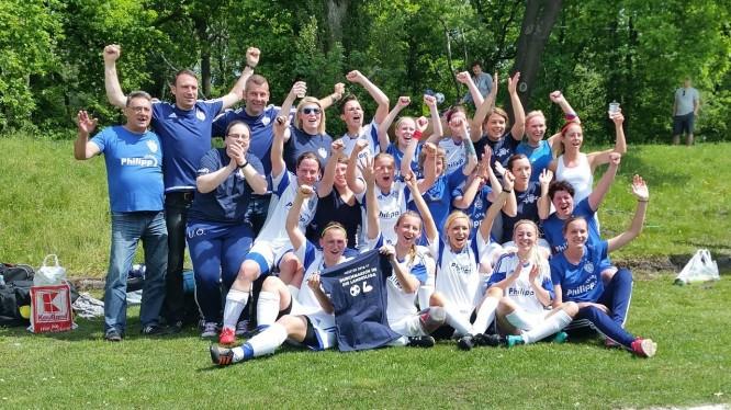 Mannschaftsfoto Erste Damen (Meister und Aufsteiger Saison 2016/2017)