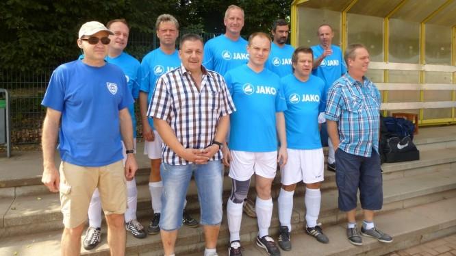 Teamfoto der Wambeler Altherren beim Turnier in Körne