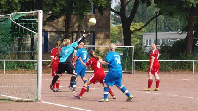 Fußball Frauen: Wambeler SV - SG Lütgendortmund III