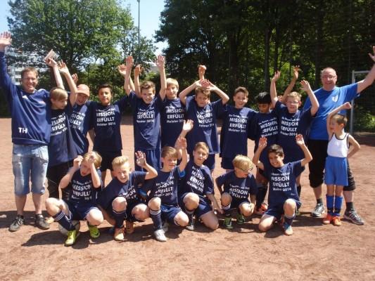 Fußball: 2002er spielen die perfekte Saison - Meisterschaft und Aufstieg