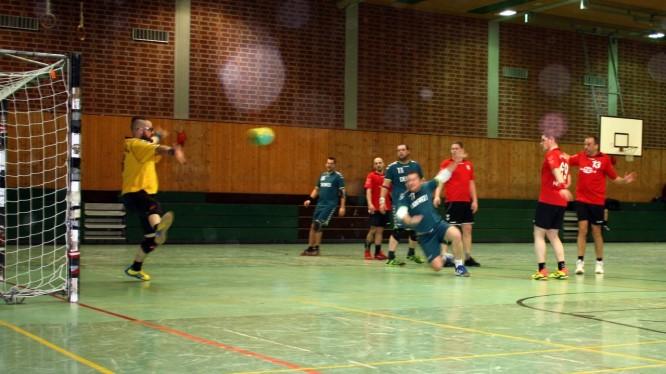 Handball Meisterschaftsspiel: Wambeler SV - TV Mengede 3 (08.03.2015)