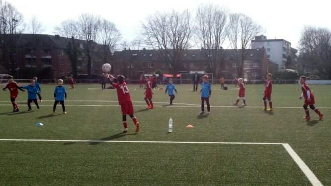 Finalrunde F-Jugend: SV Brackel 06 III - Wambeler SV III (07.03.2015)