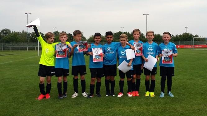 Fußball U11: Überzeugendes Team Play bringt E1 Silber in Witten Stockum