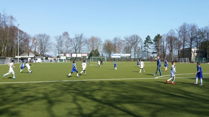 Freundschaftsspiel E-Jugend: Wambeler SV - DJK TuS Hordel II (02.04.2016)