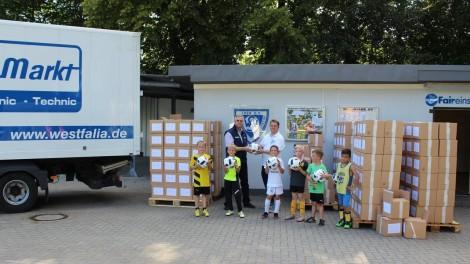 Großspende der Westfalia Werkzeugcompany an die Fußballjugend