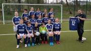 U13-Juniorinnen danken Sponsor