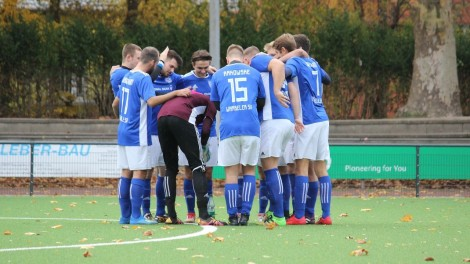 Meisterschaftsspiel Herren: South Dortmund Soccers - Wambeler SV (11.11.2018)
