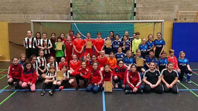D-Mädchen holen Turniersieg beim Ballsport Direkt Girlspower Cup in Hamm (03.01.2020)